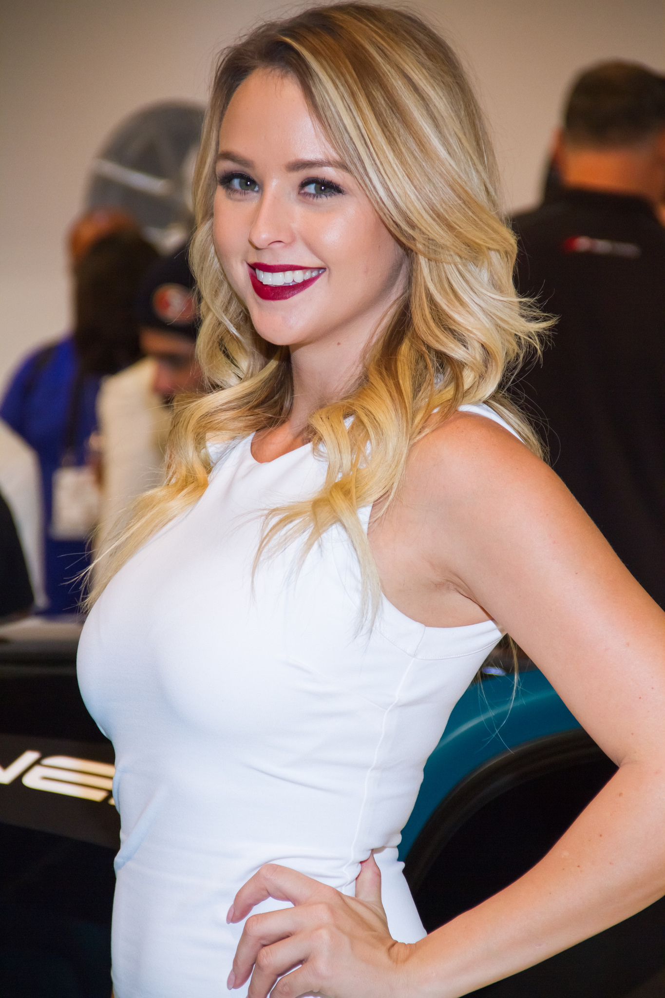 Chapman Dodge Las Vegas >> 2014 GIRLS of SEMA
